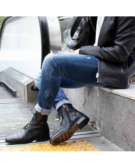 Boy Uzatan Ayakkabı Bot Model Siyah